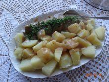Polędwiczka z czosnkowym sosem i ziemniaczkami