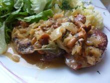 Polędwiczki wieprzowe w sosie śmietanowo-kurkowym