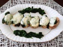 Polędwiczki wieprzowe ze szpinakiem i mozzarellą