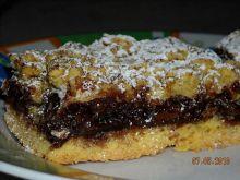 Półkruche ciasto z nutellą i ciastkami