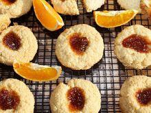 Pomarańczowe ciastka z kleiku ryżowego z konfiturą