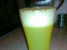 Pomarańczowo-grejpfrutowy napój gazowany
