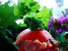 Pomidor nadziewany łososiem