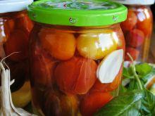 Pomidorki koktajlowe z zalewie na zimę