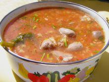 Zupa pomidorowa na sercach kurczaka