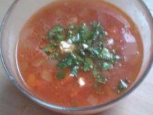 Pomidorowa z cieciorką i wędzonym twarożkiem