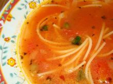 Pomidorowa z kaparami i chilli