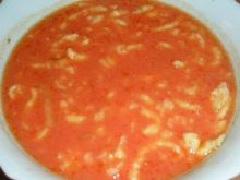 pomidorowa z lanymi