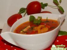 Pomidorowa z morelami i papryką
