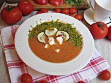 Pomidorowa z serem feta i pieczoną cukinią