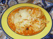 Zupa pomidorowa z pulpetami i makaronem