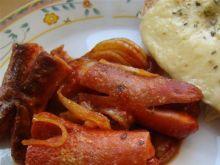 Pomidorowe kokotki z parówek