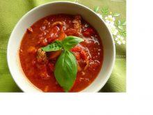Pomidorówka z czerwoną papryką na bogato