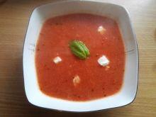 Pomidorówka z dodatkiem pieczonych warzyw