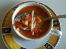 Pomidorówka z duszonymi pomidorami