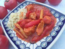 Pomidorowy gulasz z indyka