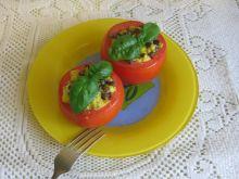Pomidory faszerowane jajkiem i soczewicą