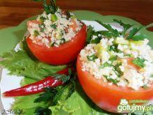 Pomidory  faszerowane kuskusem i papryką