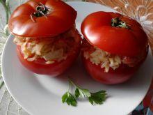 Pomidory faszerowane ryżem i jajkiem