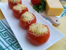 Pomidory nadziewane kaszą kuskus