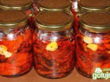 Pomidory suszone z ziołami