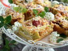 Pomysły na dania z rabarbarem