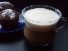 Ponczowa kawa amaretto z pianką