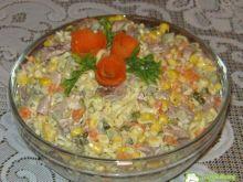 Popularna sałatka z zupek chińskich