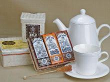 Porcelana i herbata na Dzień Matki