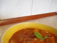 Potrawka z dynią, kiełbasą i kabaczkiem