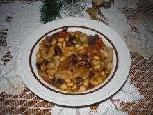 Potrawka z fasoli, soczewicy i soi