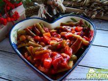 Potrawka z fasoli w sosie pomidorowym