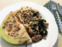 Potrawka z indyka z kapustą i makaronem