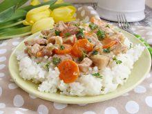 Potrawka z kiełbasą i szynką wieprzową