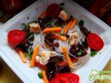 Potrawka z makaronu ryżowego i kurczakie
