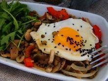 Potrawka z warzywami i fasolą mung