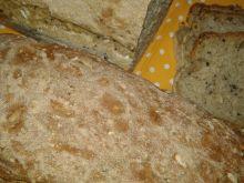 Potrójnie sezamowy chlebek na mące pełnoziarnistej