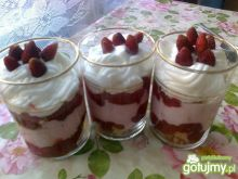 Poziomkowy deserek