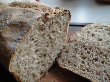 Prosty chleb na żytnim zakwasie