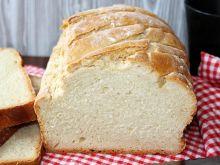Prosty chleb pszenny na drożdżach (długo świeży)