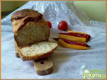 Prosty chlebek z czosnkiem na zakwasie