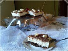 Prosty torcik z białą czekoladą i ricottą