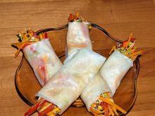 przekąska warzywna w papierze ryżowym