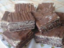 Przekładaniec kakaowo rumowo orzechowy