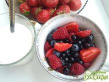 Przepisy na owocowe sałatki
