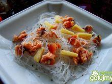 Przystawka makaronowa z serem i łososiem