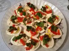 Przystawka z jajkami i kaparami