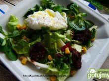Przystawka z kaszanki jajka i kukurydzy