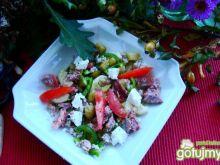 Przystawka z kaszy ,warzyw i łososia