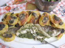 Pstrąg i ziemniaki ze szpinakiem, mozzarellą